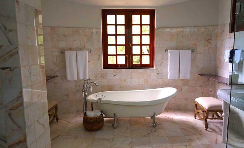 Transform your ordinary bathroom into vintage bliss