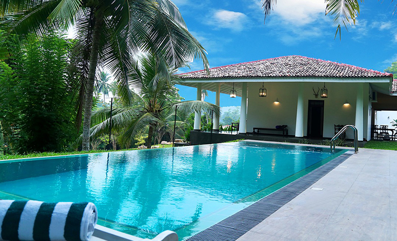 What's the Perfect Swimming Pool Layout for your Home?
