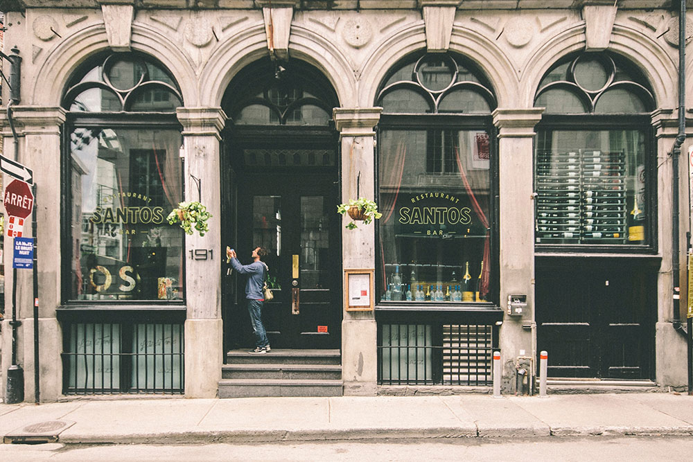 Hasil gambar untuk Choosing The Right Commercial Storefront Door