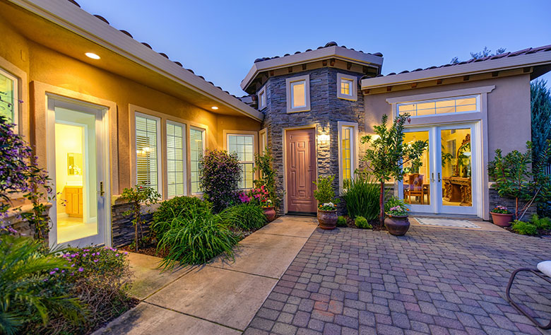 Cool exterior home renovations to increase the curb appeal